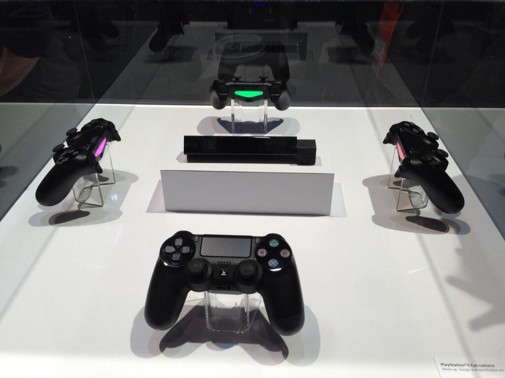 PS4_DualShock4_PS4_Eye